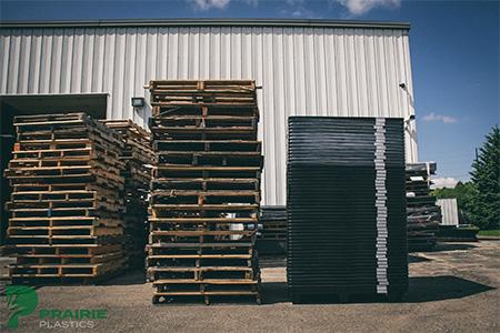 Pallets | Prairie Plastics Holdings LLC