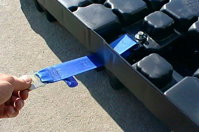 Pallet with belt